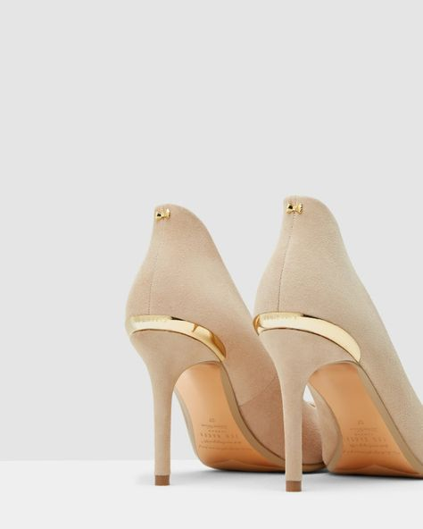 bcdce919ef0 Pointed leather courts - Camel