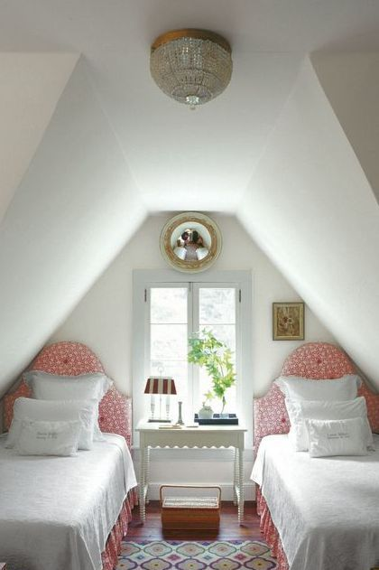 How to Maximize Style and Space in a Small Bedroom ...