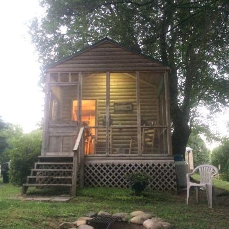 Cozy Creekside Cabins Bryson City Nc Gallery In 2020 Bryson City Nc Bryson City Cabin