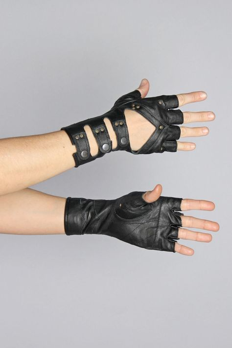 Sleek and sexy mid-length, fingerless leather glove with cut out. Mid-length/Above the wrist leather 3 straps with snap closure Stud detailing Ethically handcrafted Made for Five and Diamond Hand Accessories, Fashion Accessories, Swag Outfits, Cool Outfits, Fighting Gloves, Black Leather Gloves, Ear Headbands, Character Outfits, Character Art