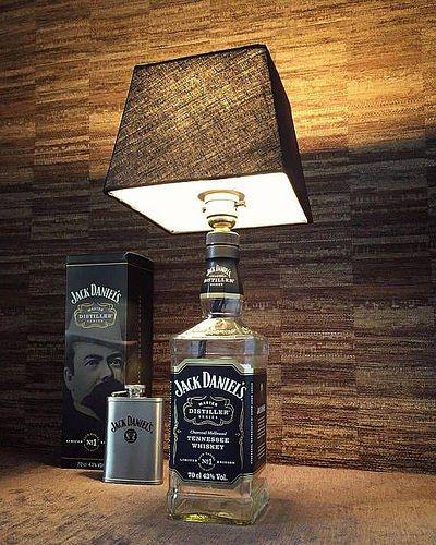 Como Hacer Lamparas Con Botellas De Vidrio Recicladas Lamparas Hechas Con Botellas De Whisky Botellas De Vidrio