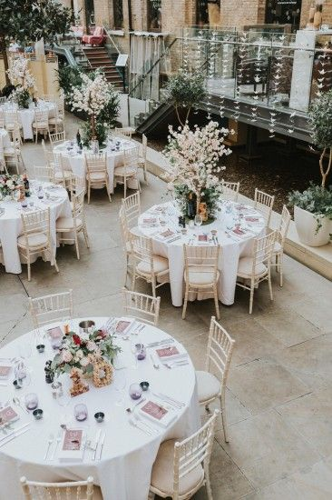 A Modern Contemporary Japanese Inspired Wedding At Devonshire Terrace In London Contemporary Wedding Theme Contemporary Wedding Decor Japanese Wedding Theme