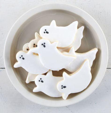 DIY Ghost Sugar Cookies