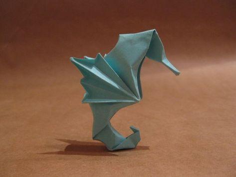 Origami Seahorses by orimin.deviantart ... on @deviantART  #adeviantart #deviantart #origami #orimin #seahorses