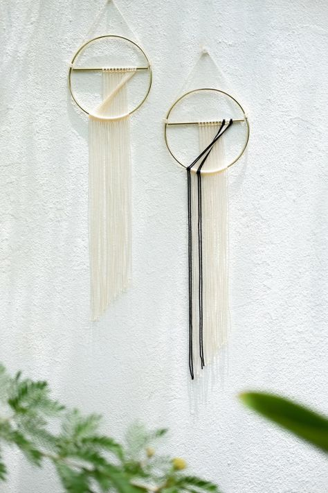 Small wall hanging Dos Puro by TROPICAL by TROPICVLdepression