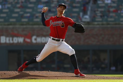 Foltynewicz rules Redbirds' roost as Braves win 3-0 to even NLDS