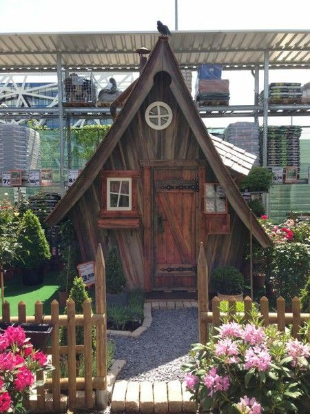 Bildergebnis Fur Holzhutte Obi Spielhaus Garten Feenhauser Marchenhaus