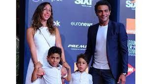 السيرة الذاتية للفنان آسر ياسين صور آسر ياسين وزوجته واولاده In 2021 Talk Show Blog Posts Blog