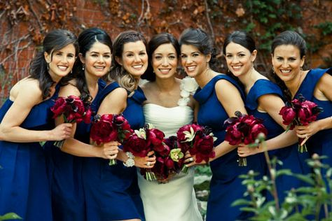 navy blue bridesmaid dresses what color flowers