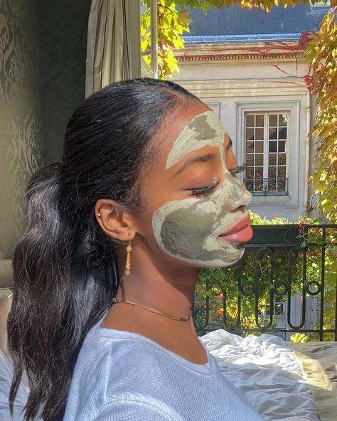 Homemade Face Paints, Homemade Face Masks, Homemade Paint, Aesthetic Grunge, Aesthetic Girl, Aesthetic Black, Aesthetic Makeup, Halloween Face Mask, Scary Halloween