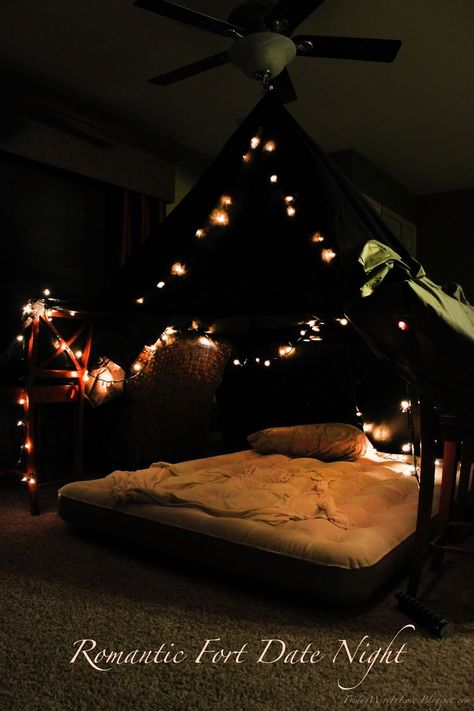This romantic fort night is the perfect romantic date night at home! With instructions how to make it, activity ideas, and an easy dinner idea too- you'll love this date night in a fort! night ideas at home romantic