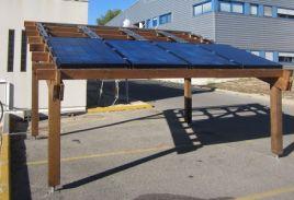 Un panneau solaire qui produit de l'électricité et de l'eau chaude : une première !!