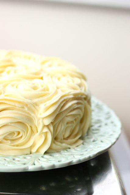 baking = love: Weddings weddings weddings and a lemon raspberry & yoghurt roses cake with cream cheese frosting