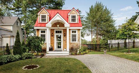 6 Maine Tiny Homes With Lots Of Character Cheap Tiny House Tiny Cottage Mini House