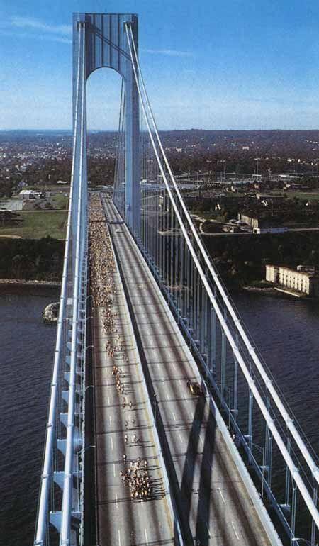 Verrazano Narrows Bridge Connects Brooklyn With Staten Island New York City Narrows Bridge Staten Island New York Nyc Trip