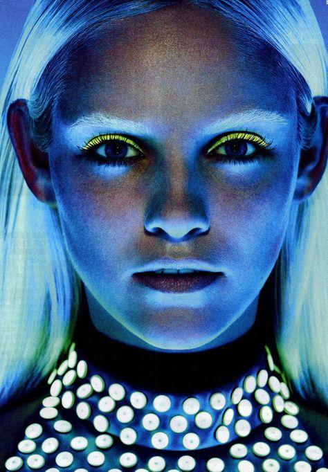 Neon Eye Liner
