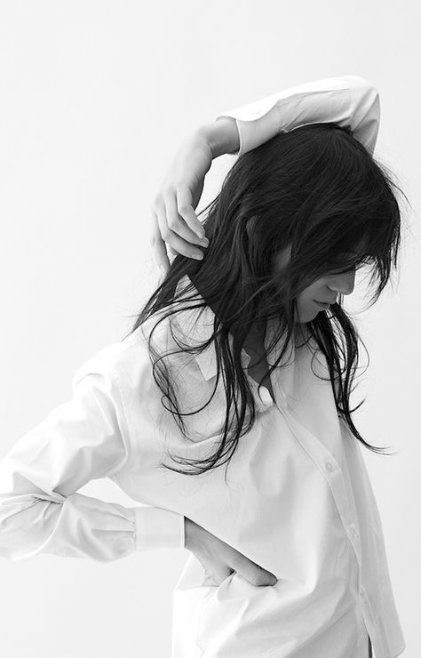 Charlotte Gainsbourg with effortless hair & crisp white shirt #style #fashion #classic #french