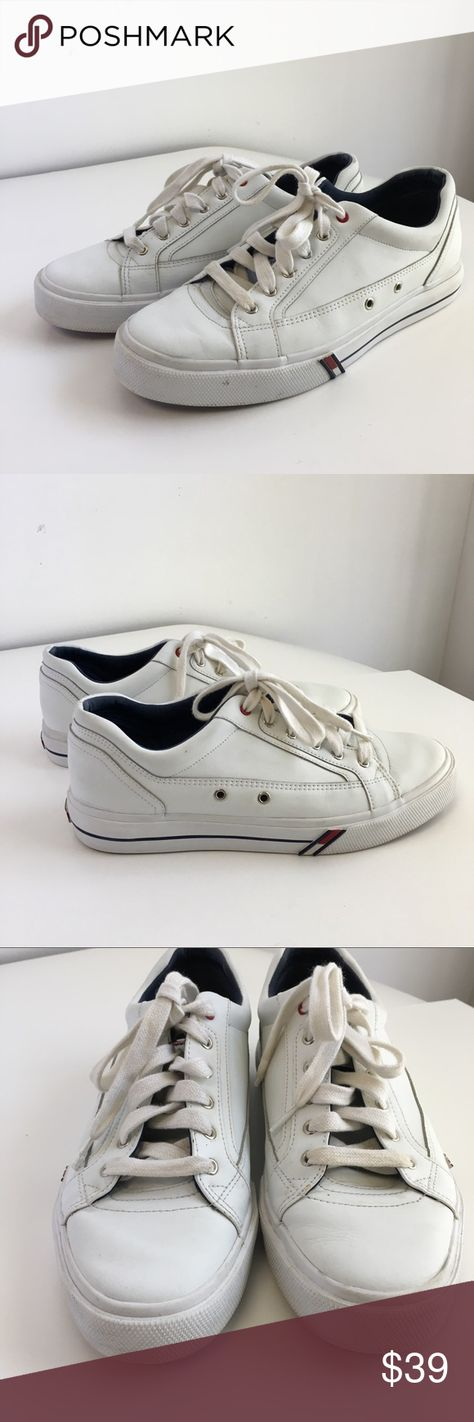 bea1be97138a Tommy Hilfiger Sneakers White Leather Logo Flag A great pair of semi  vintage Tommy Hilfiger tennis