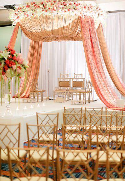 Indianapolis Wedding Planners Tara Nicole Weddings Indian Wedding Theme Indian Wedding Receptions Asian Wedding Decor