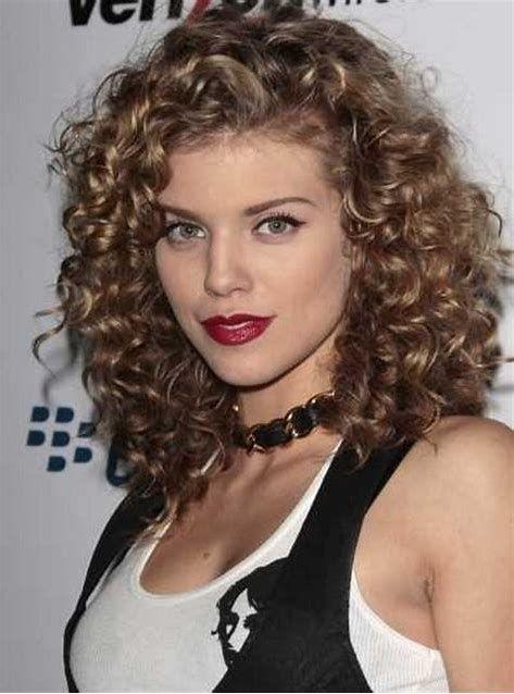 30+ Haircuts for naturally curly hair medium length inspirations
