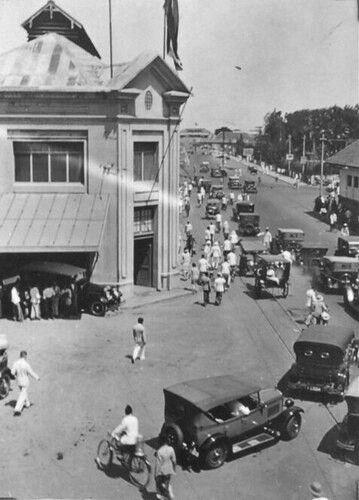 Sejarah Renang Indonesia : sejarah, renang, indonesia, Straatgezicht, Soerabaja, Timur, (provincie)., 1933-1935, Indonesia,, Sejarah,, Berenang