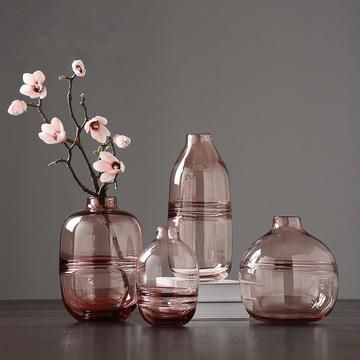Our Minimalist Clear Glass Vases Are A Perfect Match For The Nordic Design Trends Of The Moment Rendere Modern Glass Vases Glass Vase Decor Clear Glass Vases