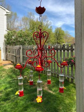 40 Creative Diy Chandelier Hummingbird Feeder Ideas Hoommy Com Whimsical Garden Humming Bird Feeders Spring Garden