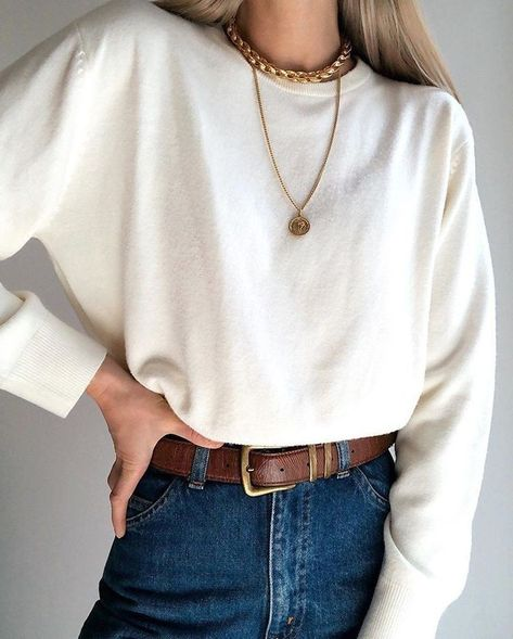 Super comf and classy cream pullover. Super soft, super versatile, and would fit sizes S-M ⚡ Mode Outfits, Outfits For Teens, Casual Outfits, Fashion Outfits, 70s Fashion Men, Travel Outfits, Classy Fashion, Classy Outfits, High Fashion