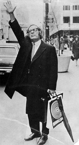 Isaak Yudovich Ozimov aka Isaac Asimov (1920-1992). S)