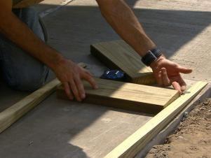 How To Build A Handicap Ramp And Landing Handicap Ramps Wheelchair Ramp Diy Ramp Design