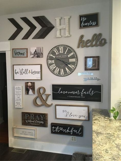 50 Awesome And Warm Living Room Wall Decor Ideas For You – Page 46 of 50 – Chic Hostess - fashioncold.com/interior#awesome #chic #decor #fashioncoldcominterior #hostess #ideas #living #page #room #wall #warm
