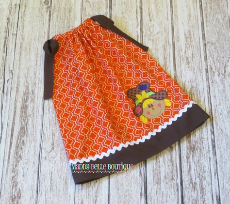 This listing is for an adorable quatrefoil scarecrow pillowcase dress.    Pillowcase dresses are a very versatile style dress. Perfect for any