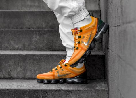 5b1acc6389 @insidesneakers • Nike Air Vapormax 2019 Orange / Green • AR6631-700