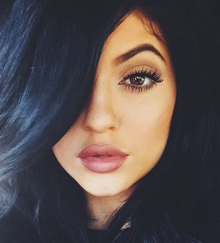 Kylie Jenner, Plastic Surgery, Botox, Implants: The Unfortunate Evolution of Kylie's Face (PHOTOS)