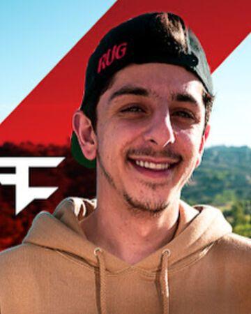 Best Of Faze Rug Real Name In 2020 Pics Youtube Stars Feelings