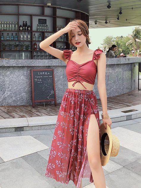 Korean style split sexy beach bikini set with skirt