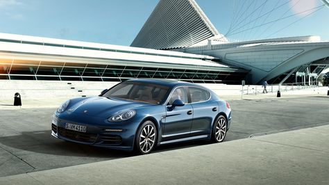 1685504, free download pictures of porsche panamera 4s - porsche design küchengeräte
