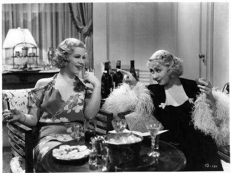 Loan Blondell (on right)