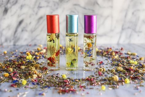 Take a journey of self love with this gorgeous essential oil rollerball trio. More essential oils than you can imagine in this little roller bottle, there's some herbs and crystals in each bottle as well. You will receive 3 bottles of essential oils diluted in fractionated coconut oil in a muslin carry bag. Cap colors may vary. The three oils are designed for you to create and be Free, Love & Joy in your lives.Free - the invigorating properties of lemongrass, peppermint, eucalyptus, ginger c