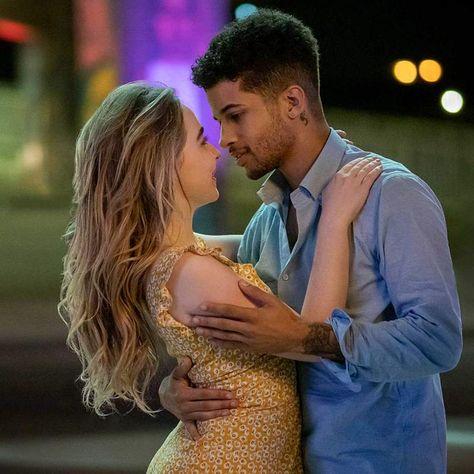 """Work it"": Netflix-Film vereint Stars aus ""Riverdale"" und ""To All The Boys I've Loved Before"""
