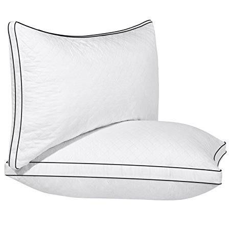 Body pillow, White pillows