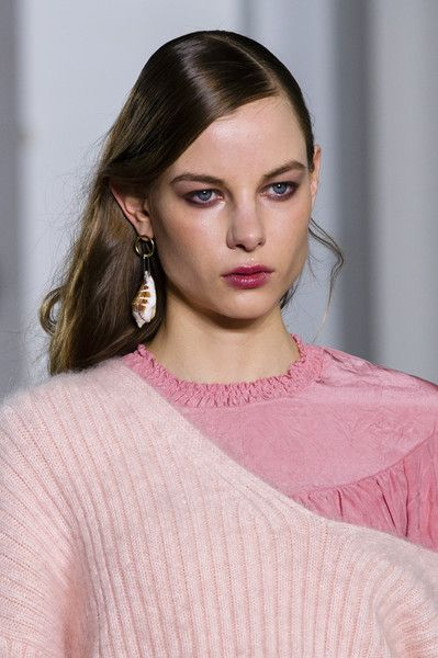 3.1 Phillip Lim, Fall 2018 - The Most Dazzling Hair and Beauty Details From NYFW Fall 2018 - Photos