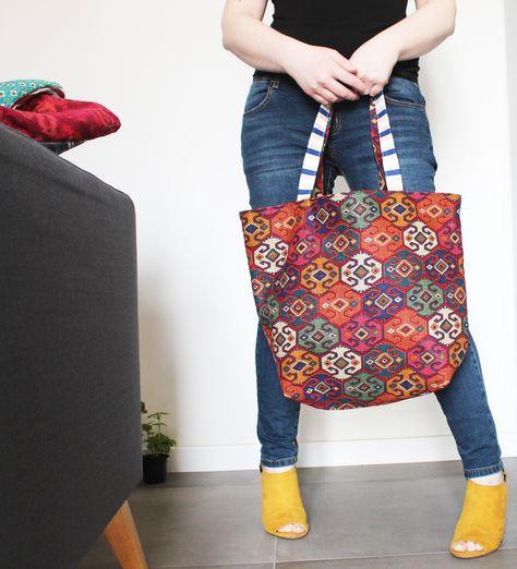 New beach bags on my shop :)  One of a kind, just one for each variant, take a look! .... Nuove borse mare sul mio shop :) Pezzi unici, solo una per ogni variante, dai un'occhiata!