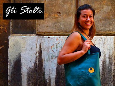 """Borsa shopper artigianale in ecopelle lavorata a mano """"Dov'è il Camaleonte?!"""" Vai al link per tutte le info: http://glistolti.shopmania.biz/compra/shopper-artigianale-in-ecopelle-dov-e-il-camaleonte-167 Gli Stolti Original Design. HandMade in Italy. #glistolti #moda #artigianato #madeinitaly #design #stile #roma #rome #shopping #fashion #handmade #handicraft #handcrafted #style #borse #bags #natale #christmas"""