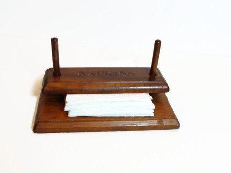 interiores y exteriores restaurantes cafeter/ías BHAVATU Servilletero de madera r/ústica decoraci/ón vintage del hogar 20,32 cm x 20,32 cm x 7,11 cm. para mesas de cocina picnic encimeras