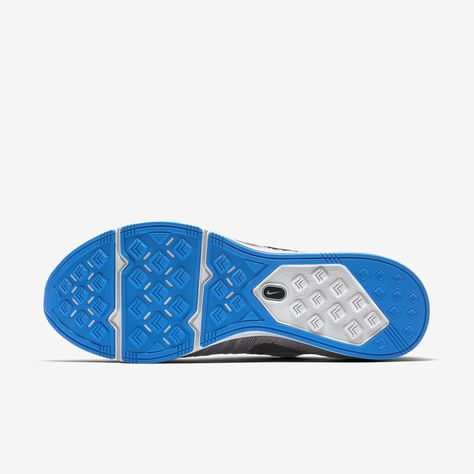 b42df758f8ba5 Nike Flyknit Trainer Unisex Shoe - M 14   W 15.5 Grey