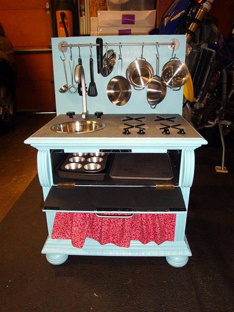 DIY Play Kitchen, possibly my favorite DIY play kitchen ever!