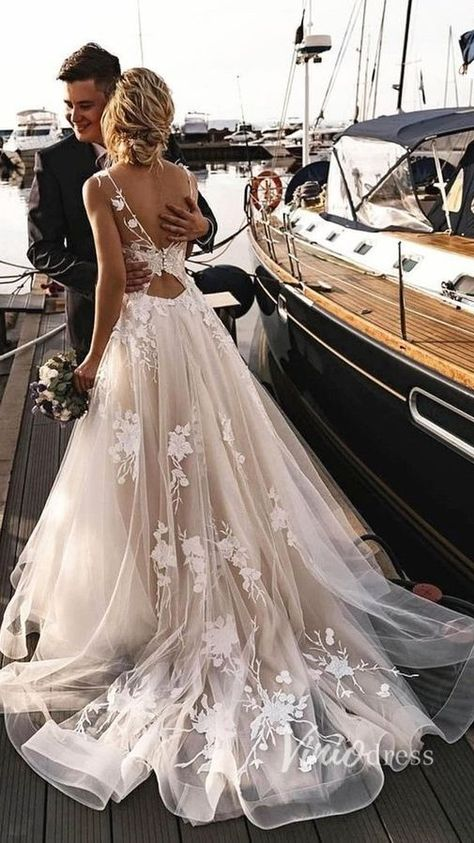 Unique floral beach wedding dress #wedding #weddingdress