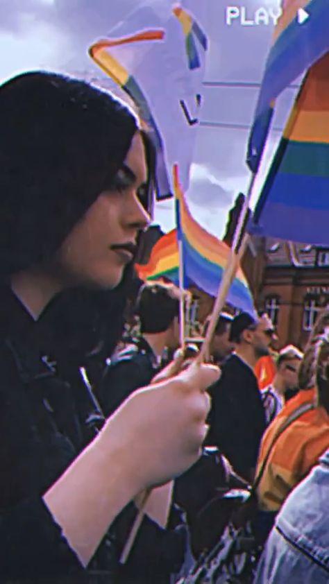 #lgbt #gay #lgbtq #lesbian #pride #love #instagay #loveislove #bisexual #queer