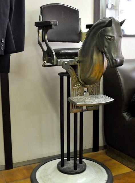 Fauteuil Atypique Avion Barbier Train Chaise De Coiffeur Salon De Coiffure Vintage Salon Vintage